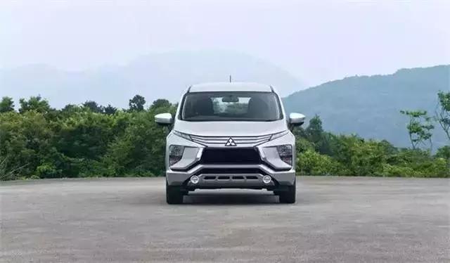 三菱这款MPV,颜值同级最高,仅售10万,可惜国内买不到!
