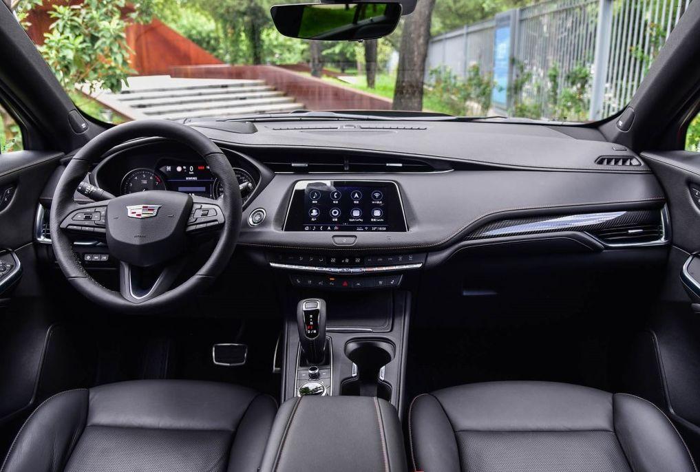 豪华SUV市场变局,凯迪拉克XT4有没有资格挑战BBA?