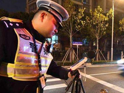 上海出新规:机动车噪音超80分贝要挨罚