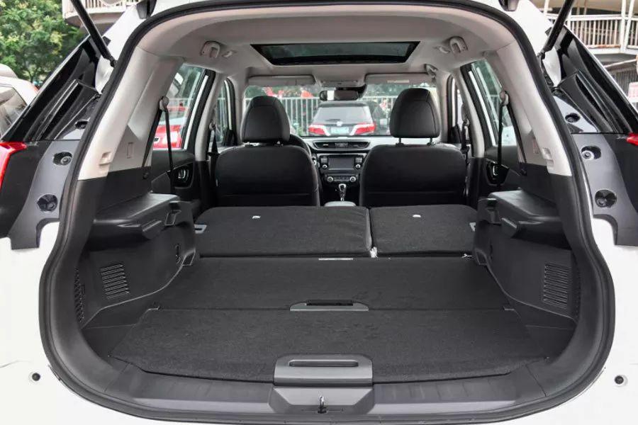 全系标配全速自适应巡航,这款全能型SUV最低15万即可入手