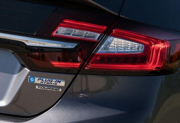 混动、电动、氢燃料全都有,本田Clarity是个多面手!