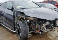 兰博基尼Urus被撞,V8引擎几乎报废!是该换了