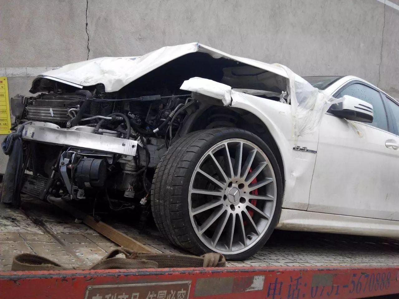 新手怕买到事故车?看这5颗螺丝就够了,开到报废都不能动