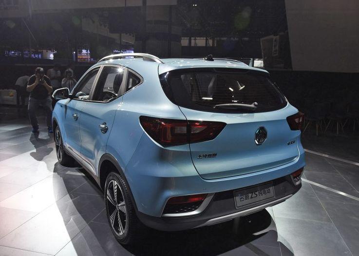 一年亏一半!新能源车三年保值率低至20%!