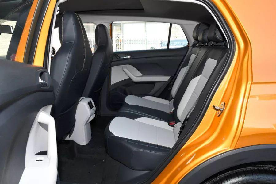 没买车的偷着乐,大众全新SUV仅12.79万元起,或成爆款!