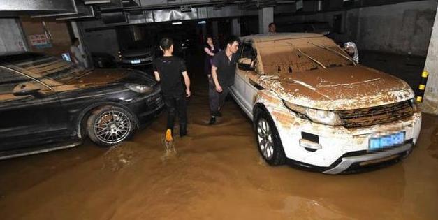 一辆豪车只卖5万,但是是泡过水的,到底能不能买?