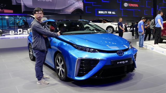 丰田这辆车技术领先中国十年,车展上却无人问津?