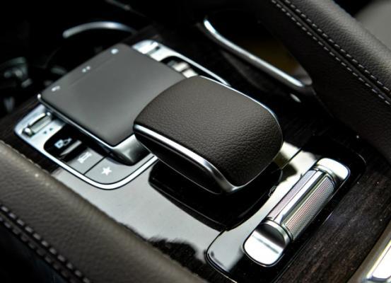 奔驰GLE静态对比宝马X5  豪华中大型SUV新选择