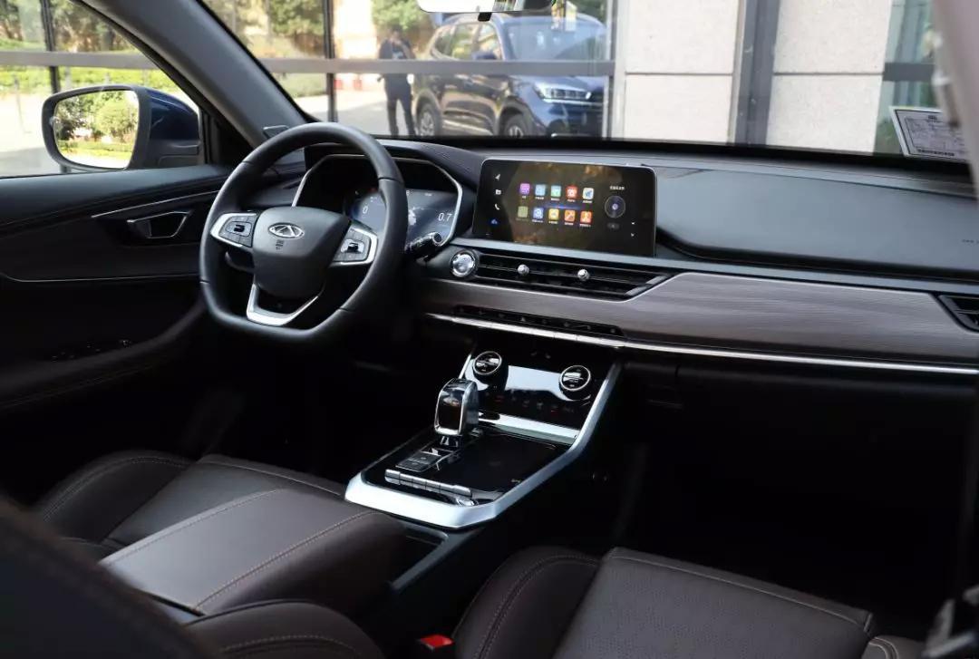 15万预算买SUV,这台新车怎么样?试驾奇瑞全新瑞虎8