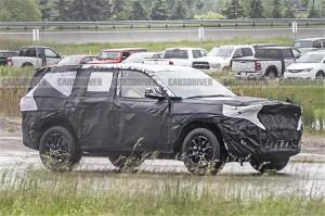 换装2.0T还买不买?全新Jeep大切若基谍照曝光