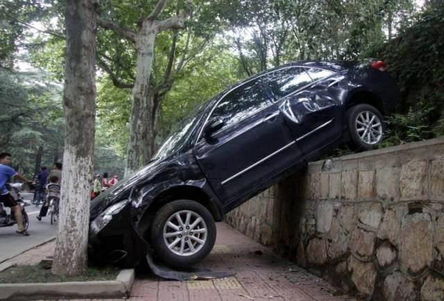 """车辆知识:刹车失灵前,会发出3次""""警报"""",你知道吗?"""