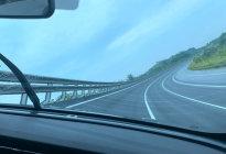 长安欧尚X7场地体验:合法飙车至200km/h是什么感觉