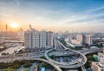 为刺激汽车消费 广州市9月摇号新增10000指标