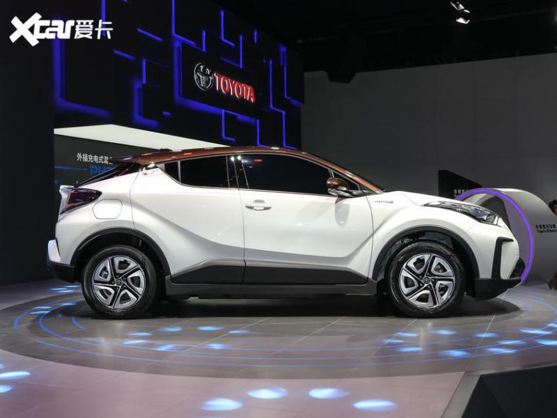一汽丰田2019款奕泽IZOA EV
