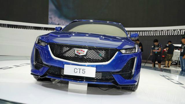 30万左右买豪华品牌,别只看BBA了,这3款轿车性价比更高-WeCar-汽车保养_汽车维修_汽车改装网站