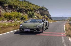 超级巨星|兰博基尼 Aventador S Roadster