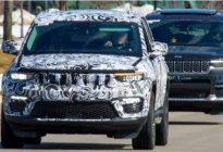Jeep大切诺斯4xe原型车谍照,或将搭载插电混动系统