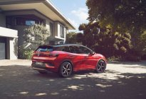 车动态:奔驰EQC上市;新思域首发;劳斯莱斯魅影停产