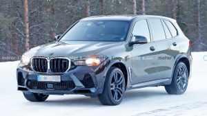 新BMW X5 M路试谍照曝光 内饰采用双联屏设计