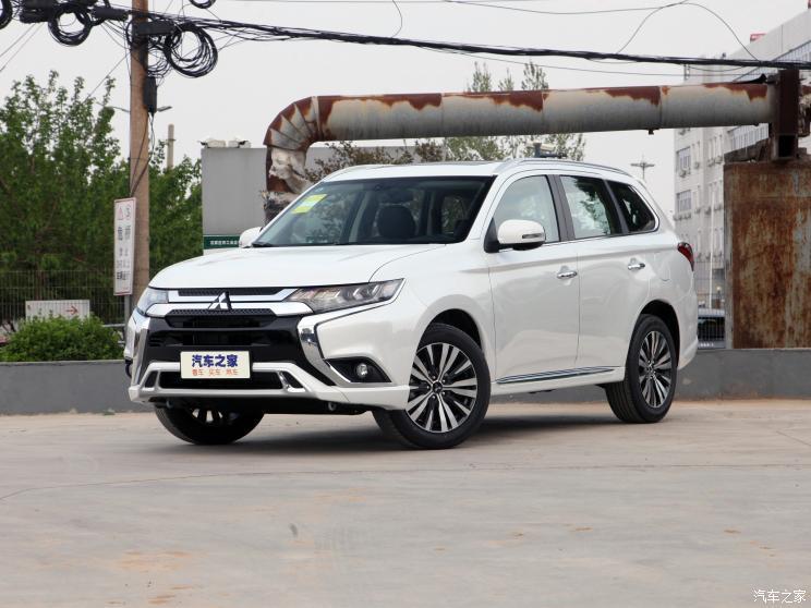 广汽三菱 欧蓝德 2021款 2.4L 四驱致享版 5座