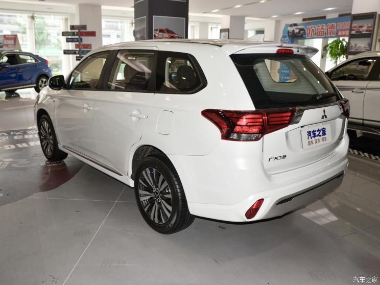 广汽三菱 欧蓝德 2021款 2.0L 两驱畅行版 5座