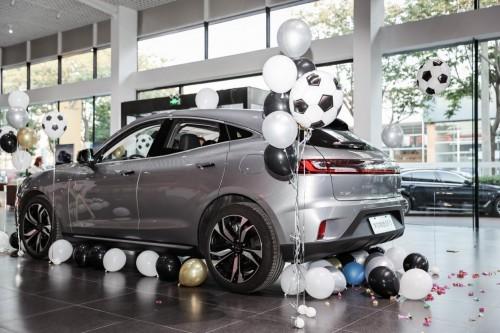 赛力斯华为智选SF5——引领新能源汽车市场更好更快地发展