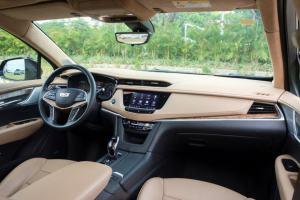 奥迪Q5L/凯迪拉克XT5,同为豪华SUV,谁更全能?